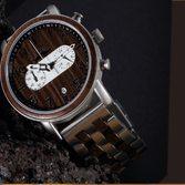 Craquez pour notre modèle homme MENDI ⌚ Idéal pour gâter ces messieurs à Noël Mélange audacieux entre innovation et robustesse. Montre en bois massif et en acier inoxydable. Le modèle est disponible en 4 essences naturelles différentesN'hésitez pas à les découvrir sur notre e-Shop-moucompany.fr#watches #watchesaddict #paysbasque #biarritz #france #montresenbois #montreshomme #montre #watchaddict #chrono #wood #artwatches #nature #mode #noel #itstime #love #homesweethome #instawatch #style #watchoftheday
